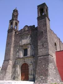 3. Iglesia Tlatelolco una de las Tres Culturas de esta Plaza, Mexico