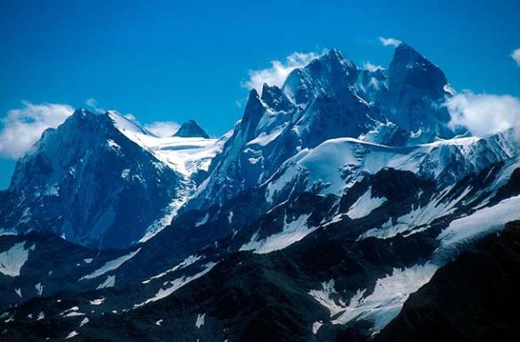 gunung-elbrus